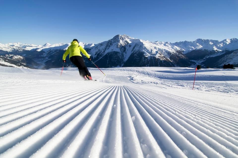 картинки горнолыжник на трассе талантливый парень