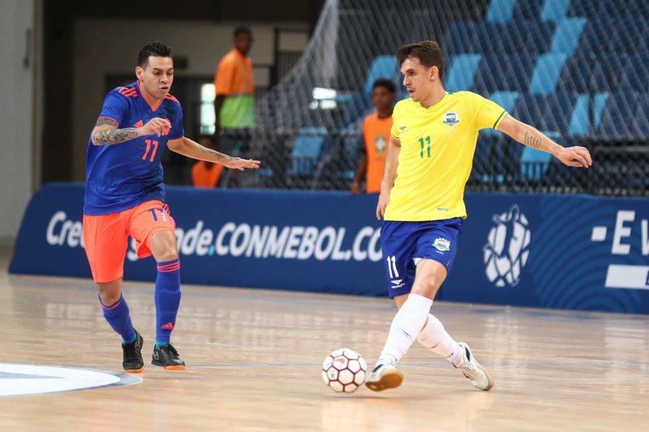 O Brasil conquistou o título da Liga de Futsal no fim de semana! Vem ver como foi o jogo da conquista >> http://bit.ly/2R1txMh