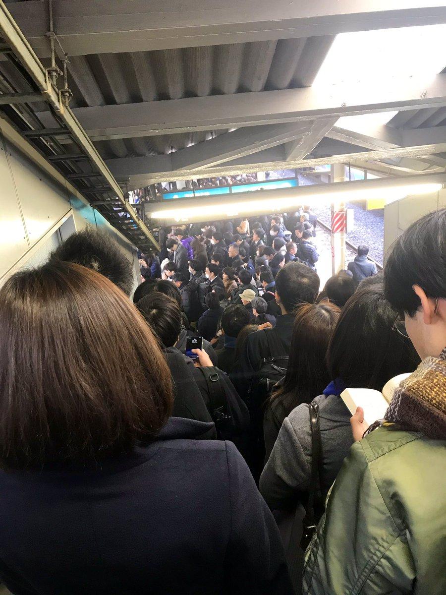 京浜東北線・川崎駅の人身事故現場の写真画像