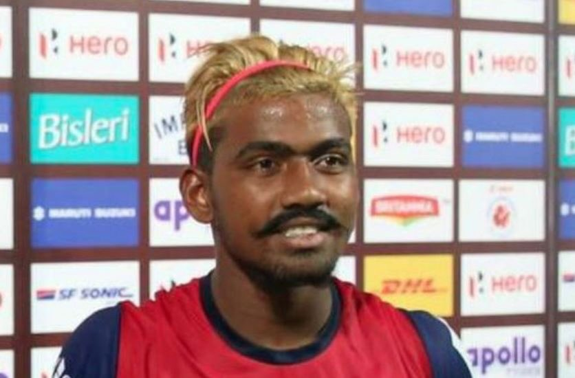 On October 7th, Gourav Mukhi became the youngest goalscorer in the history of the Indian League at just 16 years old.  He's actually 28 and two months later he's suspended for 6 months for lying about his age 😂😂😂