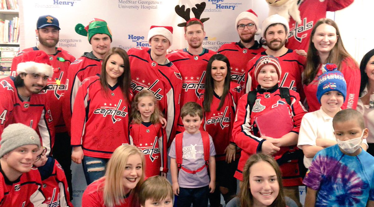 Thanks for having us @MedStarGUH - HAPPY HOLIDAYS!!  #ALLCAPS #CapsCare