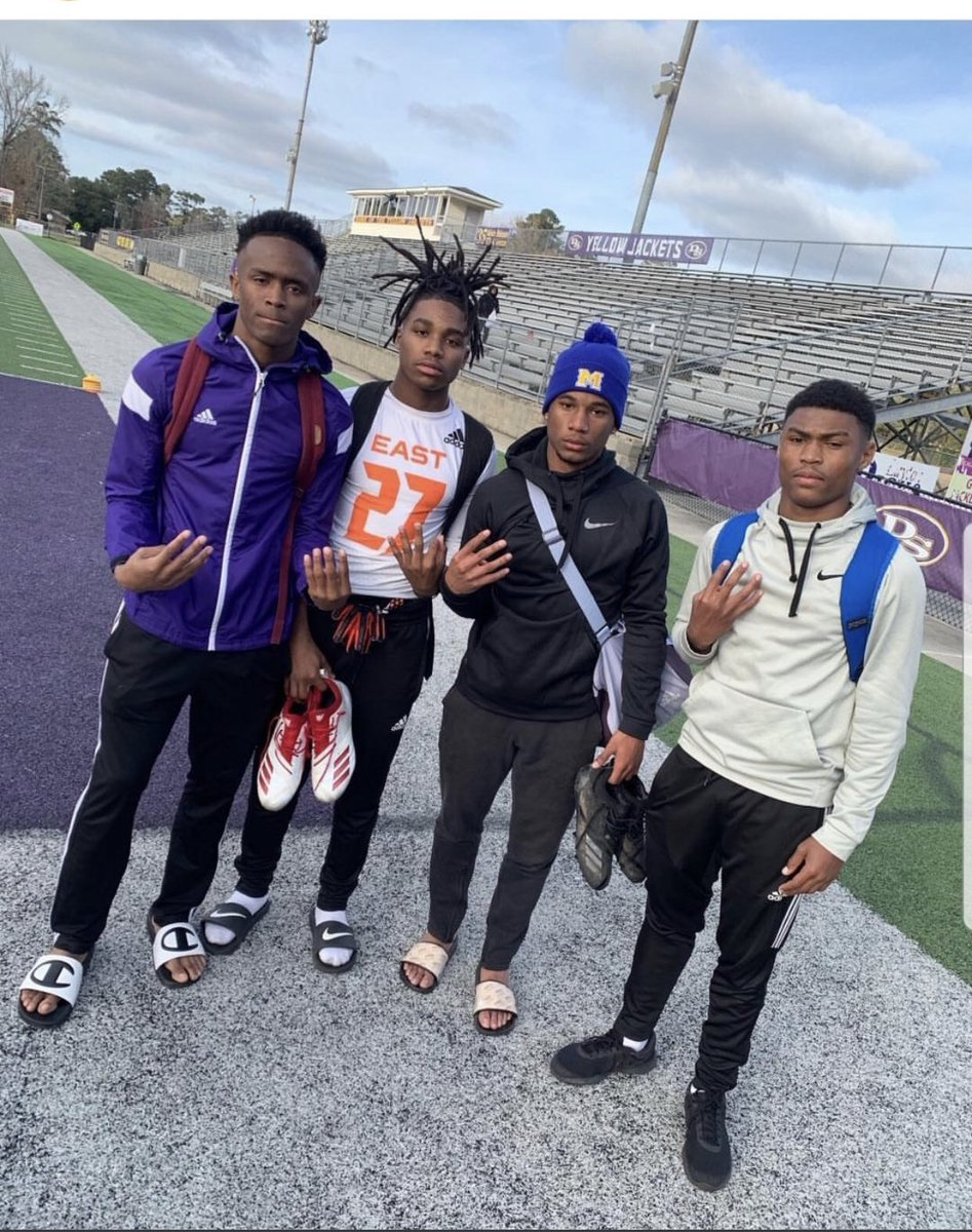 When I tell you these guys are up next. Watch what i tell you. They have the Character, work ethic and ability to show up and show out. @DillonJamesSim1 @solomonnlewis @pjjohnson053 @joseph_jaylen keep grinding fellas!!