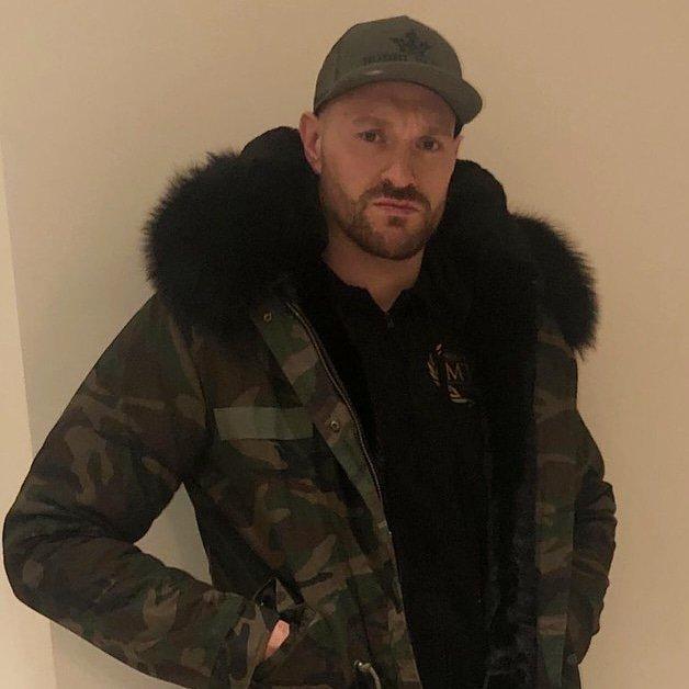 e75de7440 Order yours below:  https://www.bobbiparka.com/collections/parkas/products/mens-camo-raccoon-fur -collar-parka-jacket-with-black-fur-3-4 …pic.twitter.com/ ...