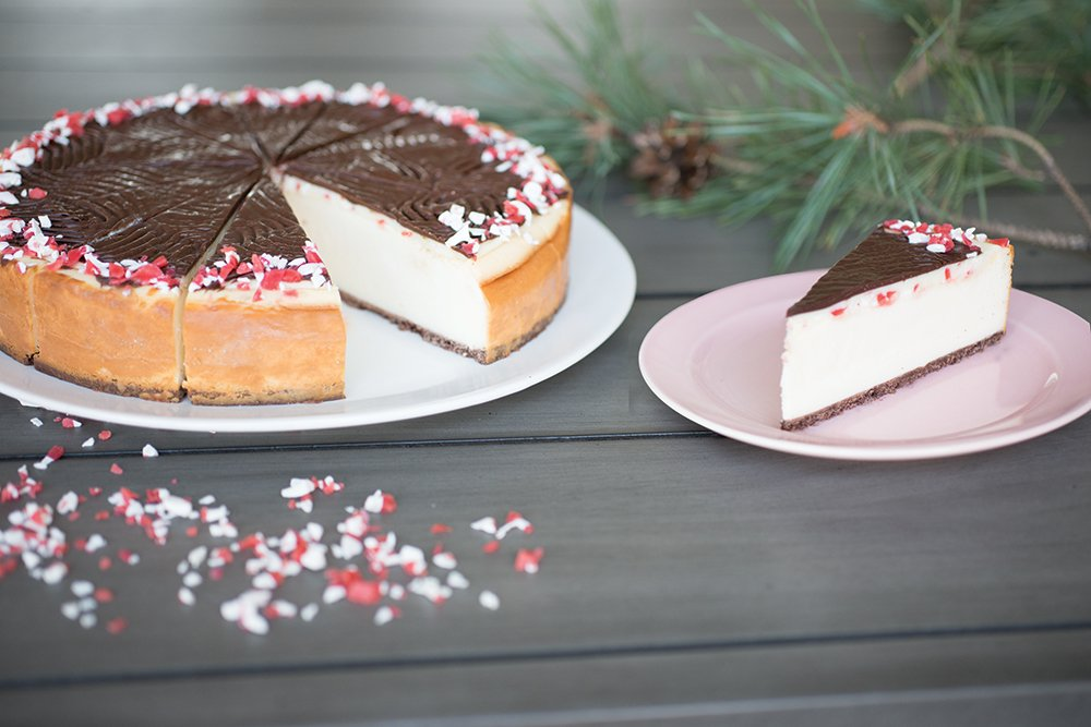 Ship Eli's #Cheesecake to friends, family and business associates!  Today only $10 off Peppermint Bark Cheesecake. Promotion code  ELIDAY2 https://t.co/tG0CN1xCcl