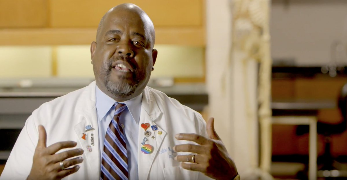 Dr. Cedric Bright is a dream maker. See how he helps underserved students successfully compete for admission to health professional schools through the Medical Education Development program here at #UNC ⬇️ https://t.co/Pn3cOtYrvb https://t.co/ADmD31fAPZ
