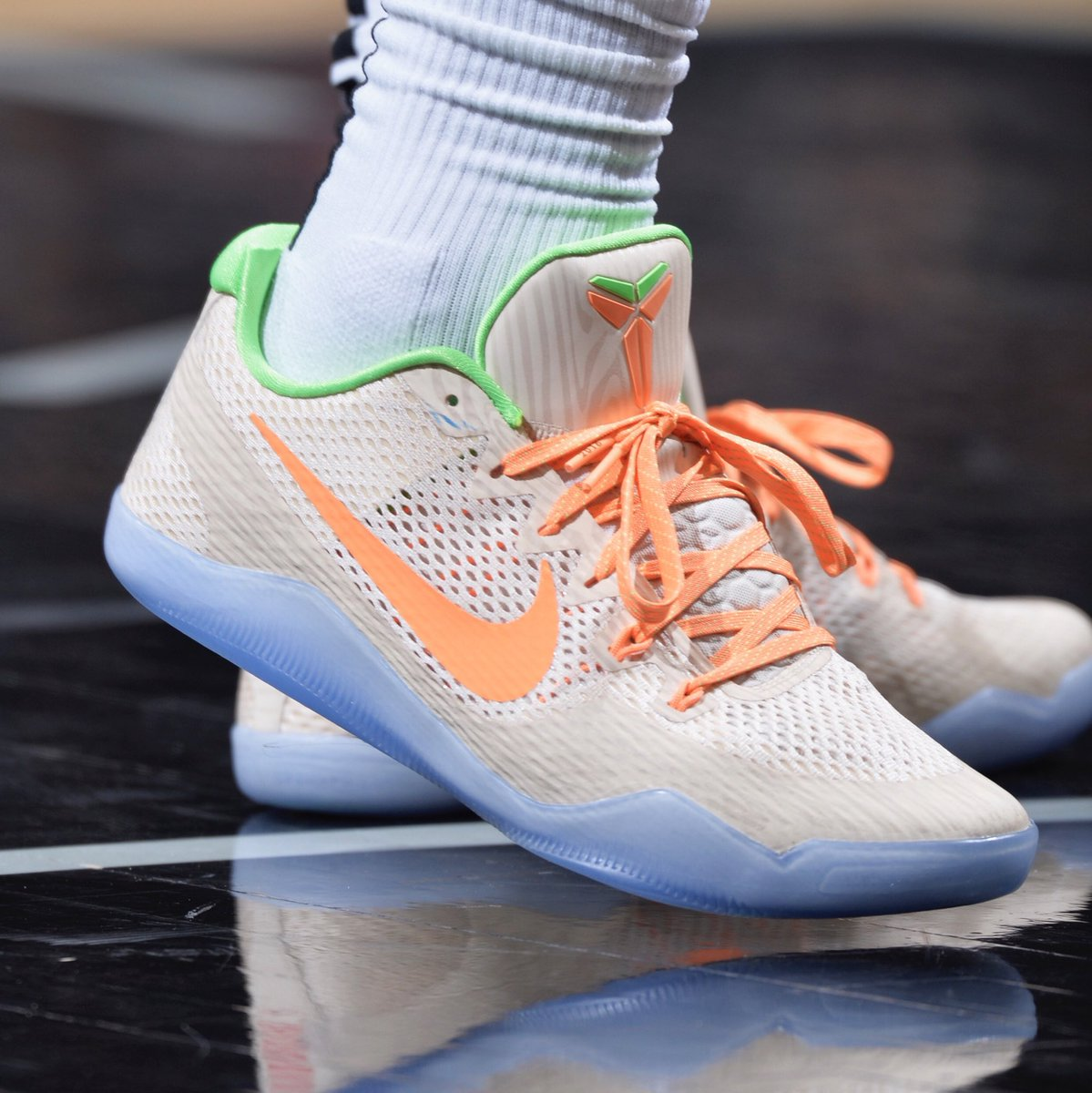 414b85469bbd  SoleCollector 4 months. solewatch demarderozan lacing up the peach jam nike  kobe 11 tonight mark sobhani