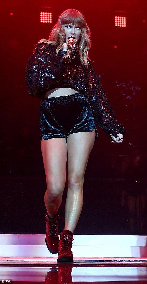 Ça fait bizarre de voir Taylor Swift avec quelques rondeurs, ça lui donne un air plus sympathique tout d&#39;un coup  <br>http://pic.twitter.com/hm8ZCTiyG3