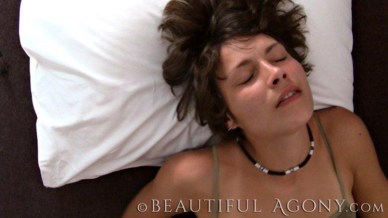 girls erotic video beautiful agony