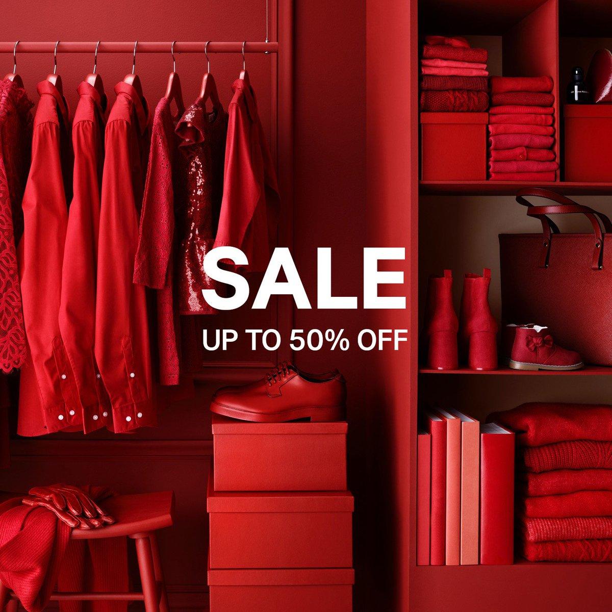 Udsalget er startet i vores butikker! Forkæl dig selv eller få de sidste julegaver i hus med ekstra gode priser. Vi giver op til 50% rabat på masser af varer til hele familien i butikkerne nu! https://t.co/P0FsnbTd7L