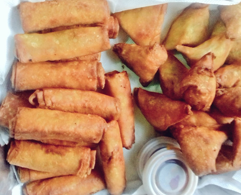 Breakfast meeting   #afoleymoments #foodie #springrolls #breakfast #meeting<br>http://pic.twitter.com/sl2CT31uuq