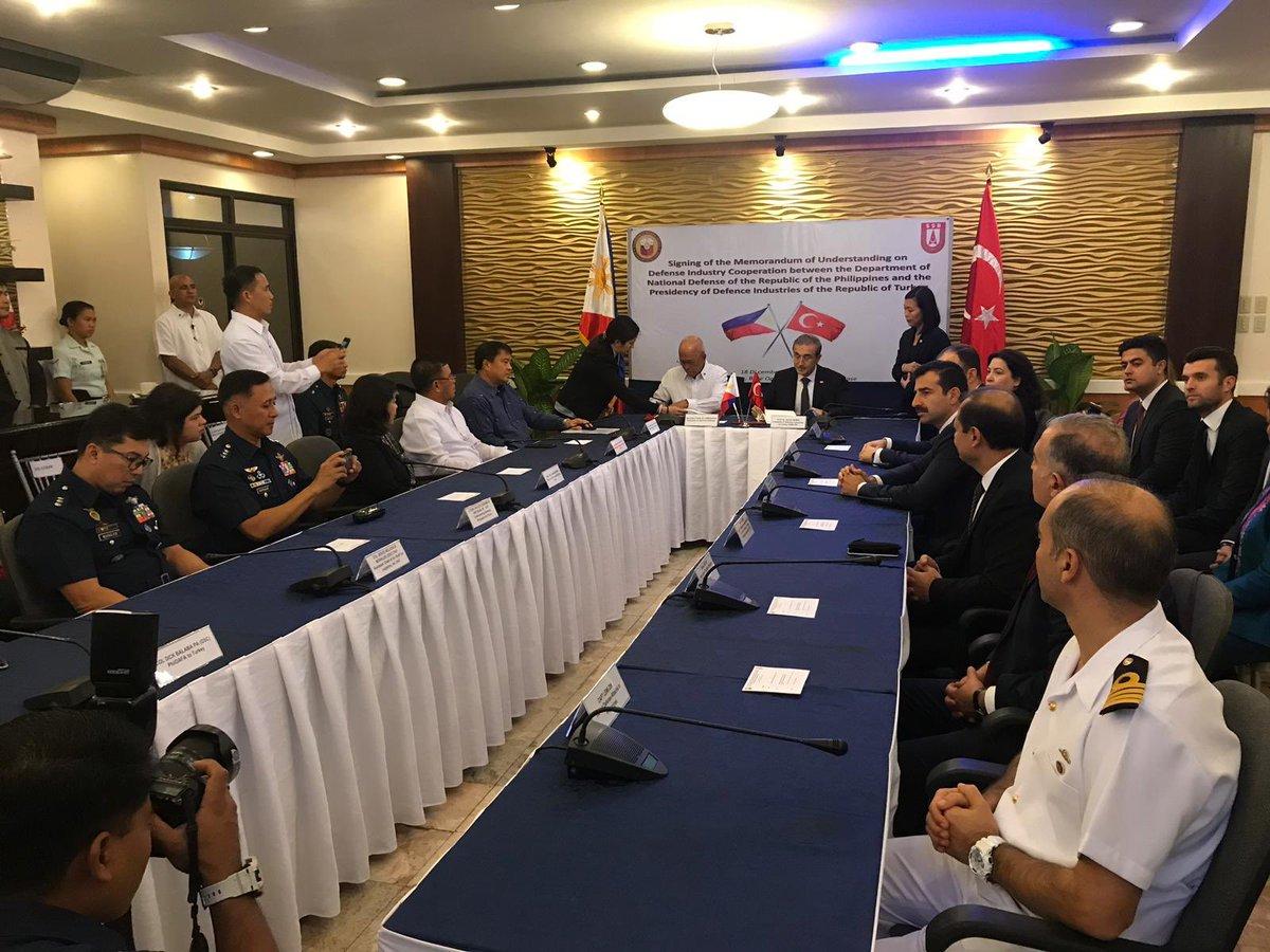 الفليبين مهتمه بمروحيات T129 ATAK التركيه  Durg7WCWwAEqydg