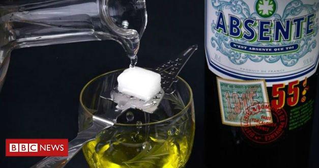 #ArquivoBBC Como o absinto ganhou o status místico que o ronda até hoje https://t.co/5vPj6aakQM