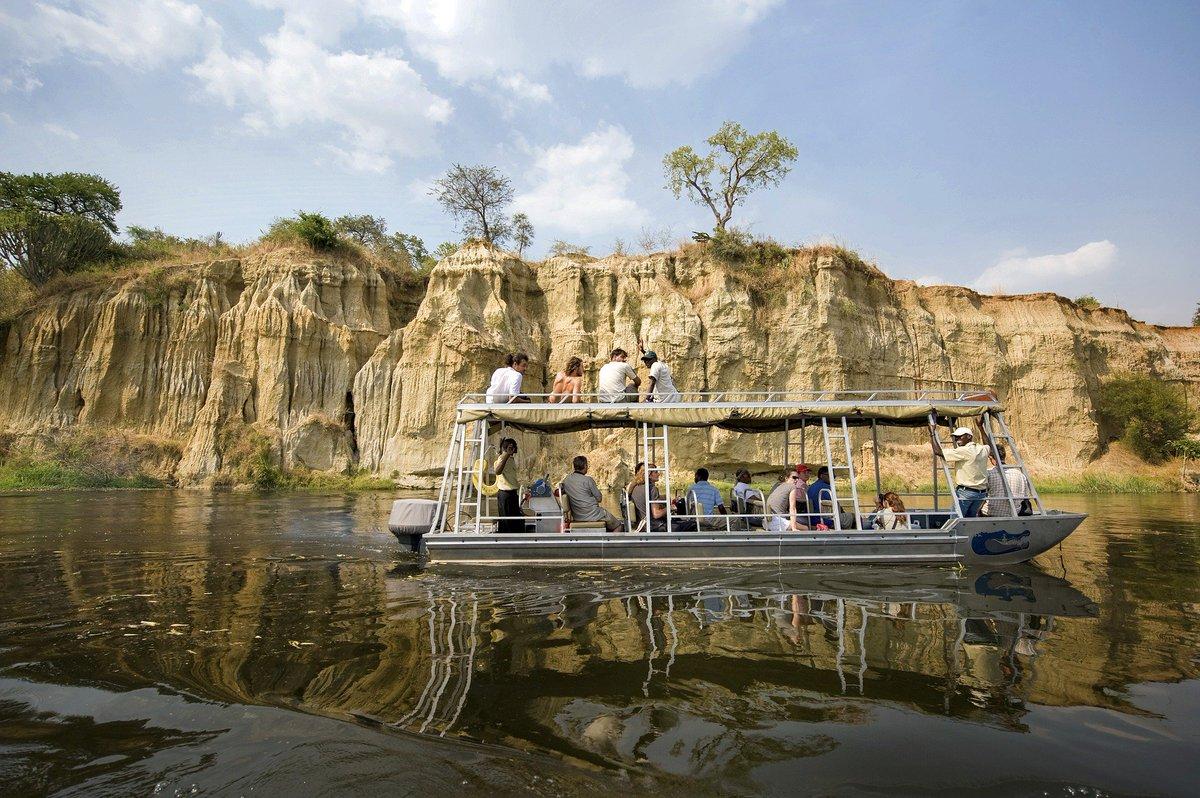 #TravelTuesday #ChooseDay #safari #adfrica #travels We choose Murchison National Park in #Uganda . africaonlinesafaris.com