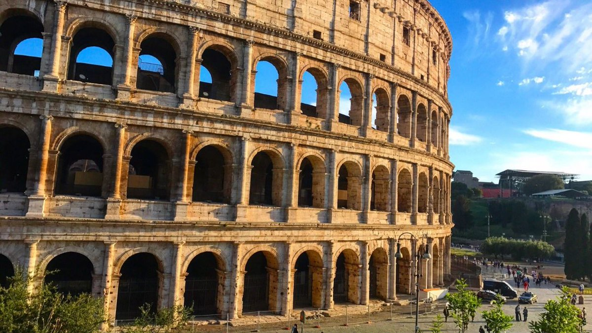 Colosseo, nuovo record di turisti: 7,4 milioni visitatori nel 2018 #colosseo https://t.co/hBPkTpPZss