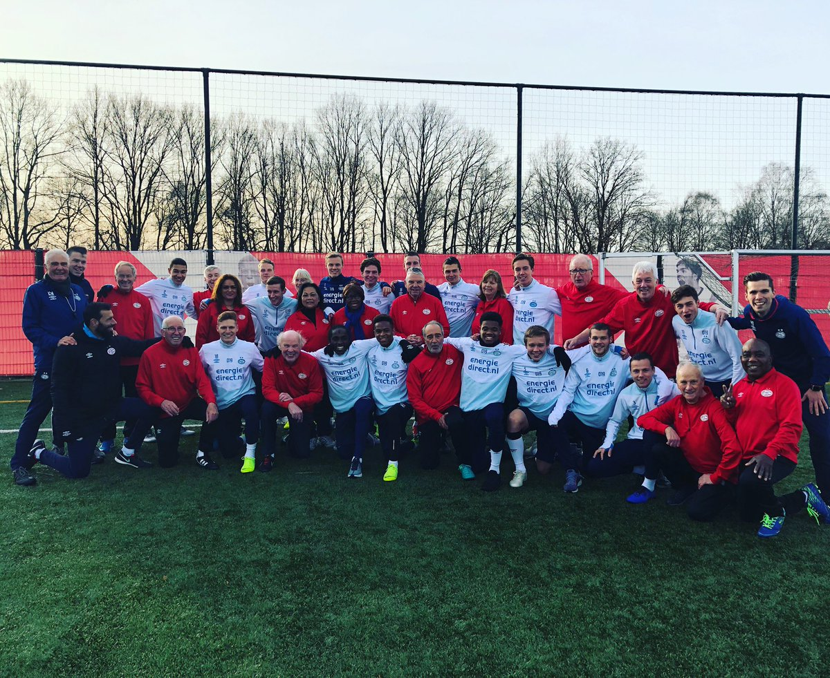 Great day with the lads and @PSV oldstars. @psv_foundation.