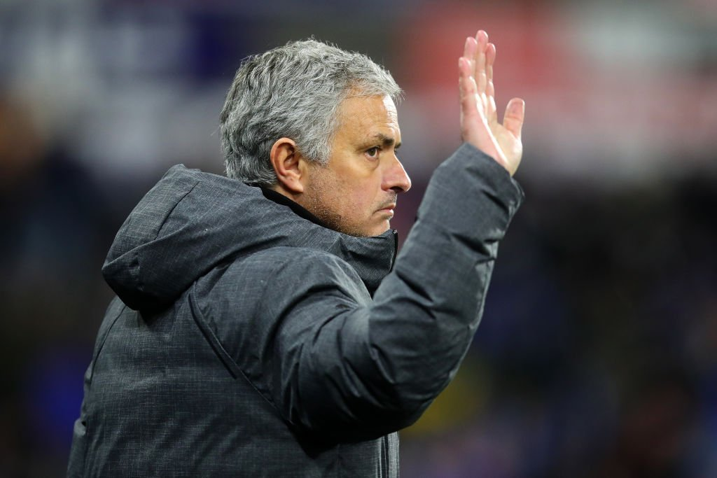 Manchester United's caretaker boss will not be.... Michael Carrick or Nicky Butt.  The new man will be an external appointment BUT NOT Arsene Wenger.  All the latest on #Mourinho 's departure: https://t.co/fvwO9KST25