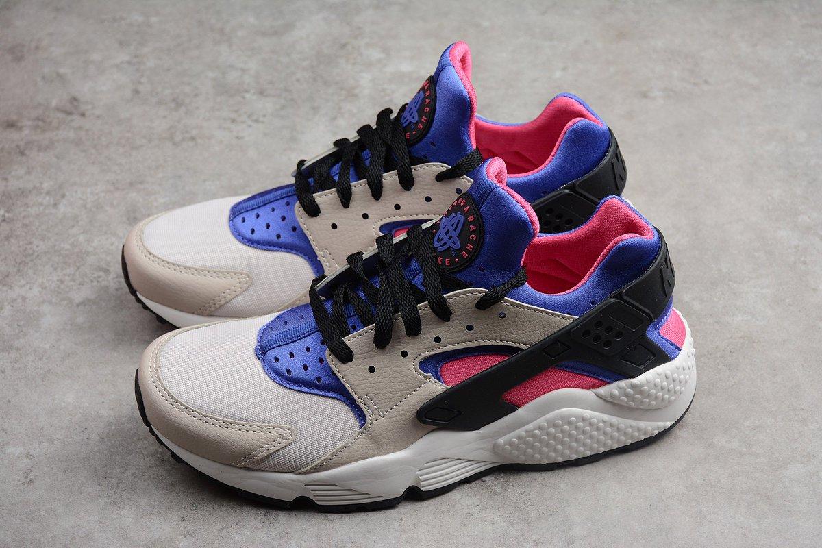 fe379ea32fa Sneaker Shouts™ on Twitter