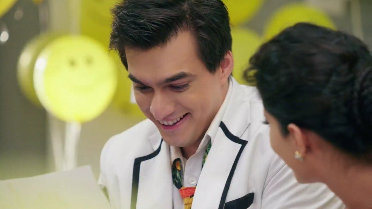 Kartik's happiness at knowing about the baby really warmed Naira's heart.She couldn't be happy until he was, seeing him thrilled caused so much joy in her. Love does that to people. You care too much, everything hurts yet seeing the one you  happy makes you happy. #kaira #yrkkh<br>http://pic.twitter.com/sijjkmF85D