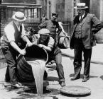 #tweetfromalternatehistory #whatif intoxication was a federal crime under the eighteenth amendment? muses @JeffProvine 1917 #OnThisDay in #alternatehistory US Temperance Amendment Passed http://thisdayinalternatehistory.blogspot.com/2010/12/december-18-1917-us-temperance.html …
