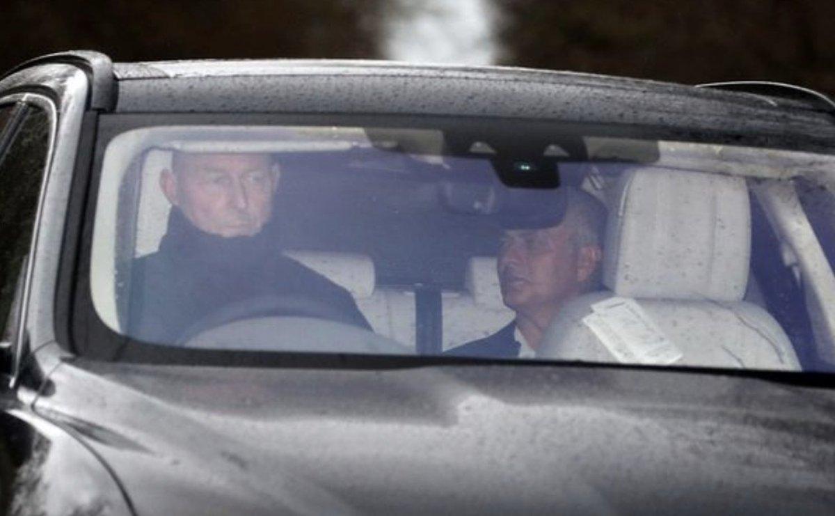Inside Jose Mourinho's final days as Manchester United boss following his sacking | @johncrossmirror https://t.co/KksD8A2DGY
