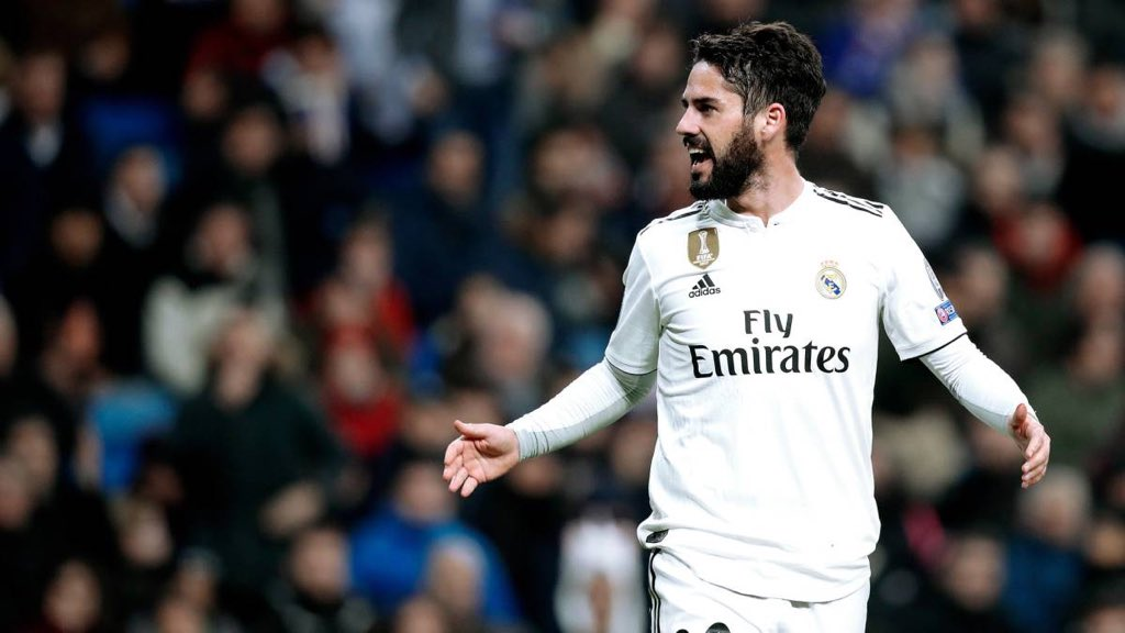 AS: 5 reasons why Isco might leave Real Madrid this summer  1. Distance from Solari and the fans 2. Bad relationship w/ Ramos & Marcelo 3. Possible arrivals of James & Hazard 4. Manchester City's interest 5. Real Madrid would want to generate €
