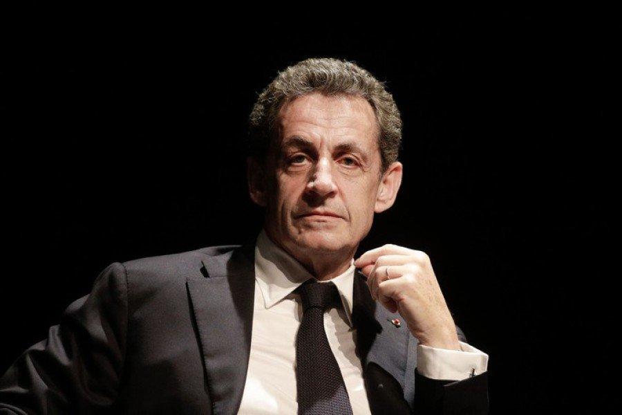 Emmanuel Macron a chargé  Nicolas Sarkozy de le représenter en Géorgie https://t.co/z77UptcTb7