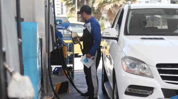 Pro forma 2019 ajustada contempla alza de precios en la gasolina extra y el diésel » https://t.co/CLs7Sgnjh5