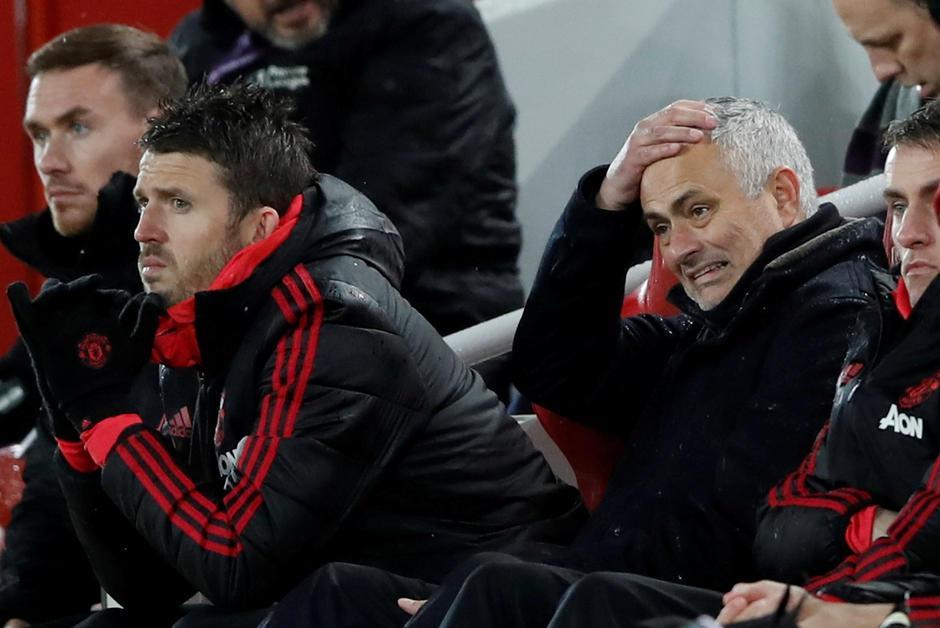 "Football. #Manchester United vire José #Mourinho, un ""homme d'exception plus si exceptionnel"" https://t.co/6o1h8vnOyy #ManchesterUnitedUnited"
