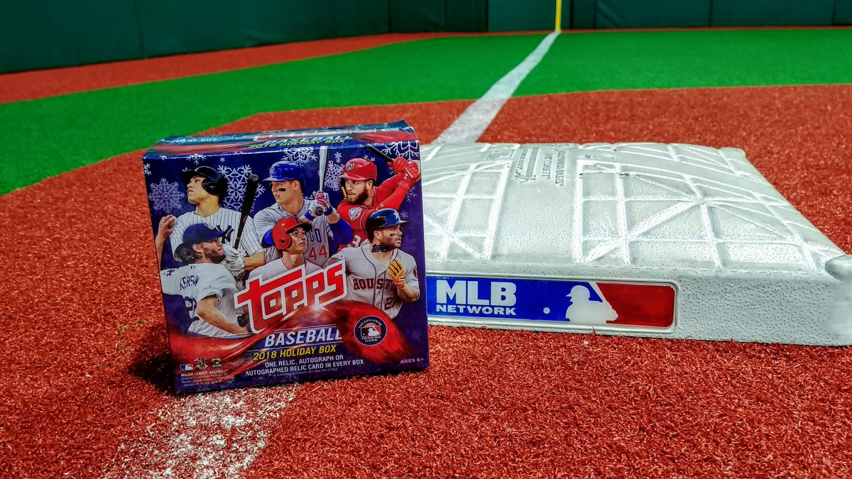 One relic, autograph or autographed relic in EVERY BOX!  RETWEET now for a chance at his 2018 @toppscards Holiday Box!   RUhttps://t.co/BGpsZnMU0rLES: