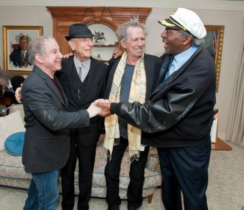 Keith Richards with Paul Simon, Leonard  Cohen and Chuck Berry. <br>http://pic.twitter.com/VziEdqfJZy