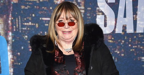 Laverne & Shirley's Penny Marshall has passed away at the age of 75. https://t.co/7QLw6f23Hj