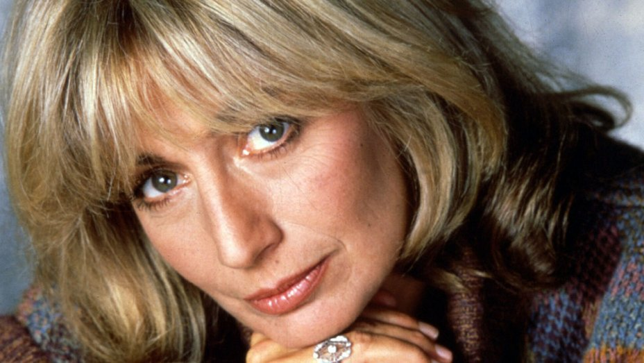 Penny Marshall, 'Laverne & Shirley' star turned director, dies at 75 https://t.co/aHRBwVnwMB https://t.co/D0ZCcHLKCo