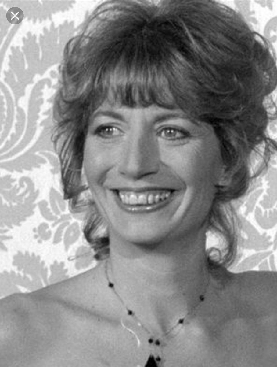 Celebrities, Friends And Fans Mourn The Death Of Penny Marshall