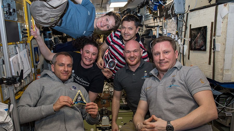 Expedition 57 splits up tomorrow live on @NASA TV beginning at 4:45 p.m. EST. Three people will return to Earth and three will remain on the station until June. #AskNASA | https://t.co/yuOTrYN8CV