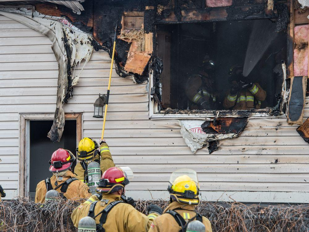 One person injured as west-end house charred by fire https://t.co/gtHk6K2XFB #yqr