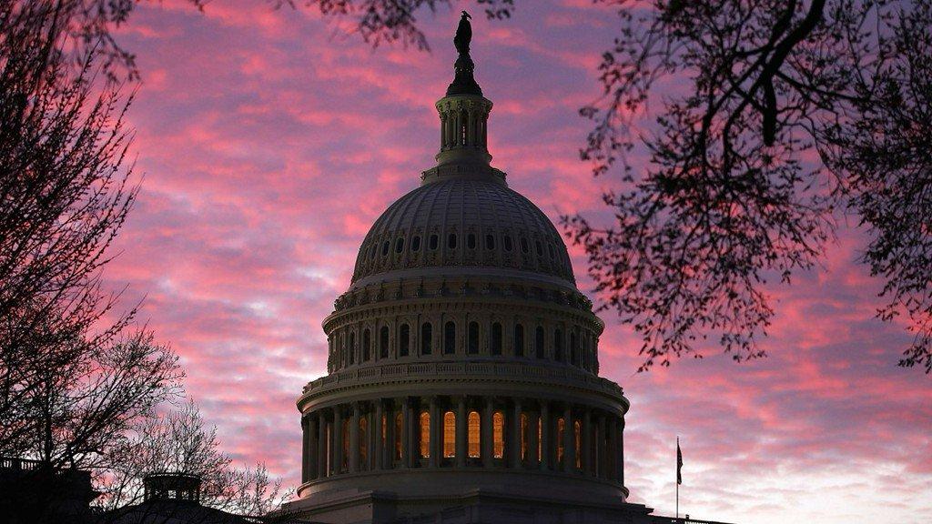 White House pulls back from shutdown threat over wall funds https://t.co/TrUVwDlYTB