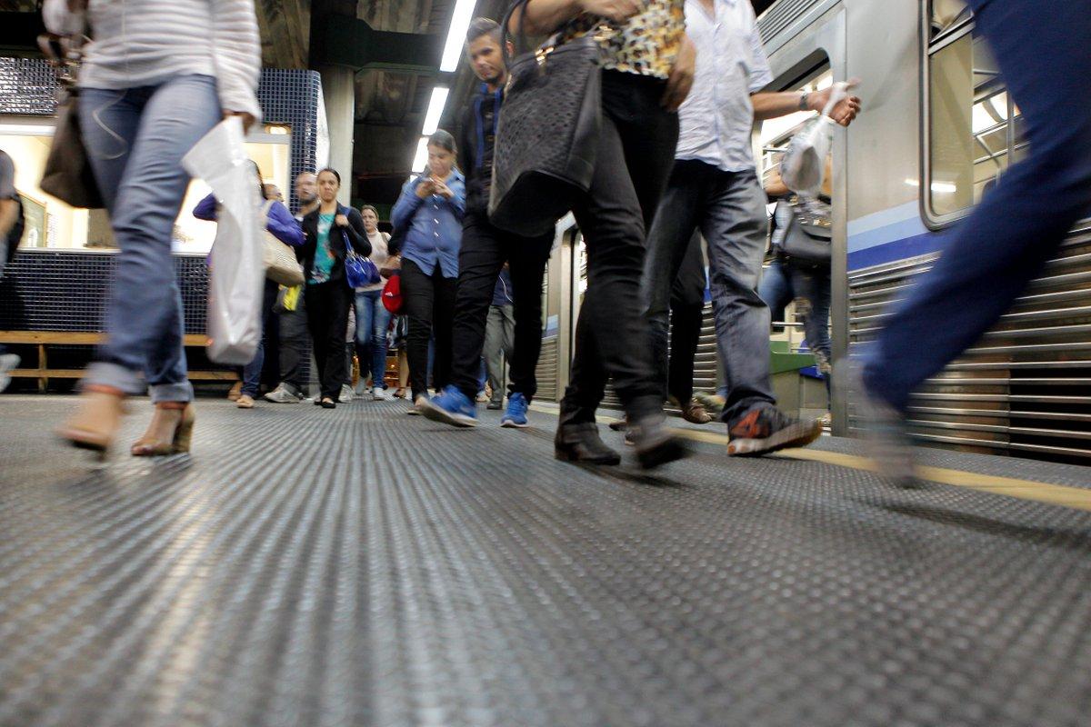 Metrô entra de greve a partir desta quarta por tempo indeterminado #metro #greve #otempo #bh https://t.co/XRn5BQzldW