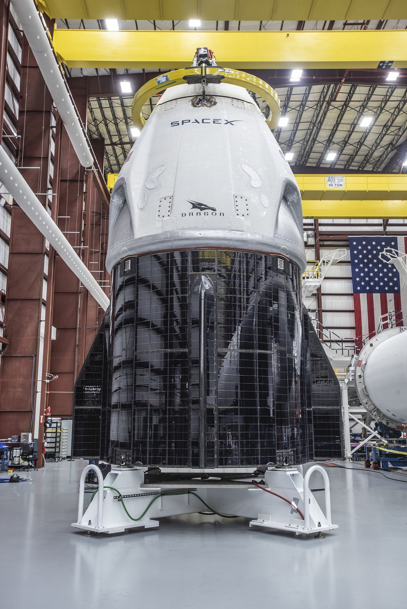Falcon 9 (Dragon 2 Demo-1) - KSC - 02.03.2019 - Page 6 Duuug_FXgAAPYsr