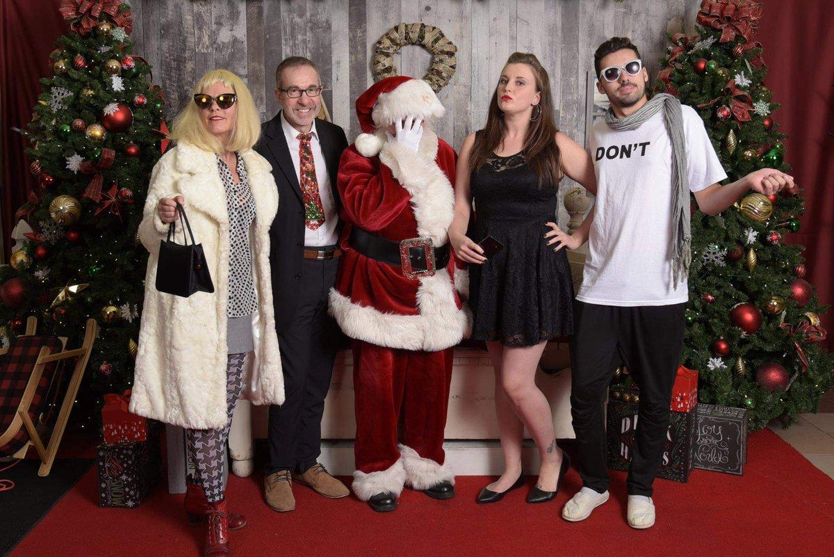 Schitts Creek Christmas Special.Schitt S Creek On Twitter T O N I G H T