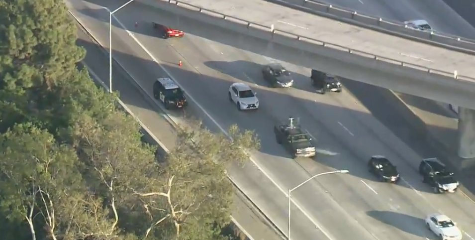 RIGHT NOW: Shots were fired at a bus on the WB 10 Freeway in Los Angeles today, sending one person to a hospital with injuries.  https://t.co/YOrCcGsFCo