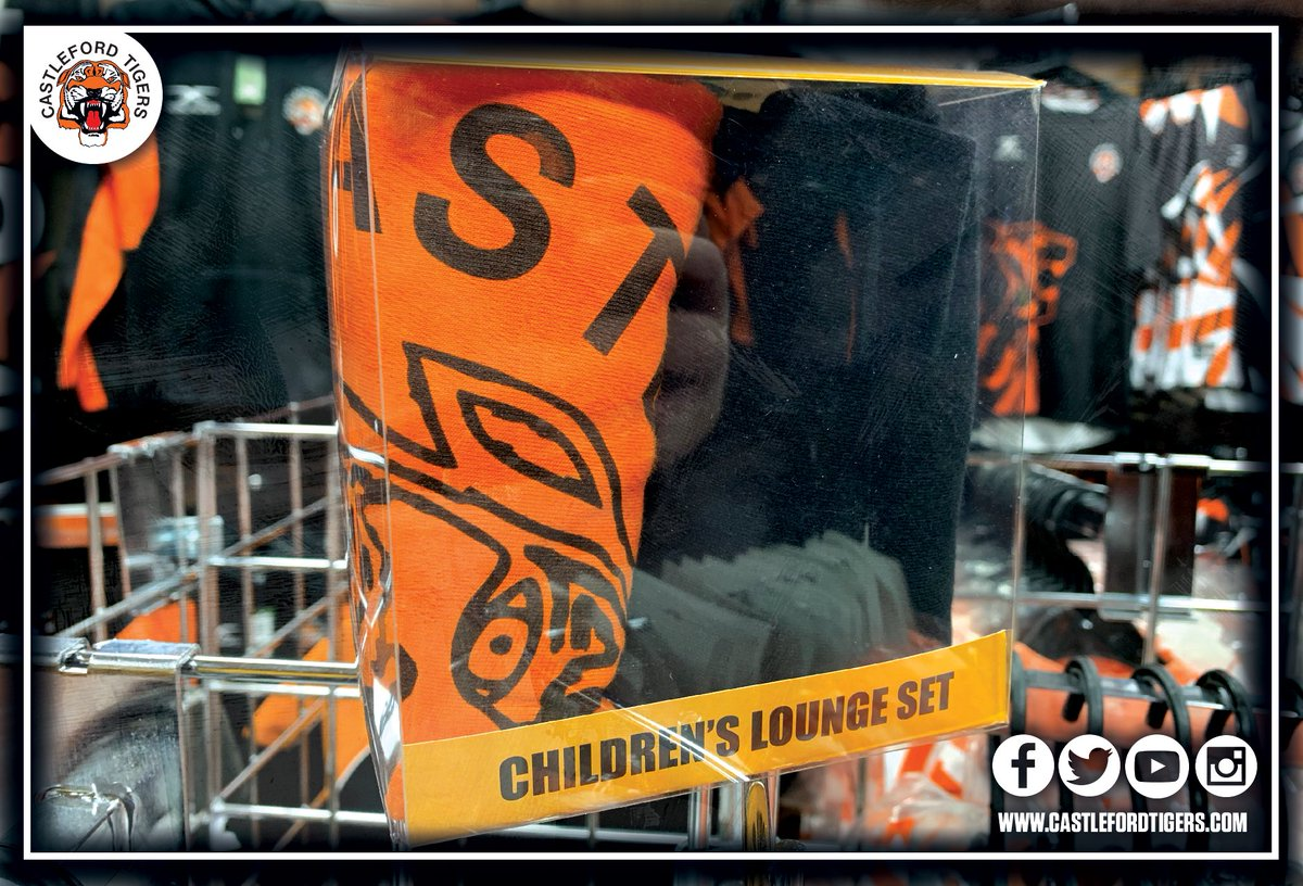 ced547839bc05 ... our brand new Children s Lounge Set this week and they re flying off  the shelves! If you want one before Christmas you better act quick before  they are ...