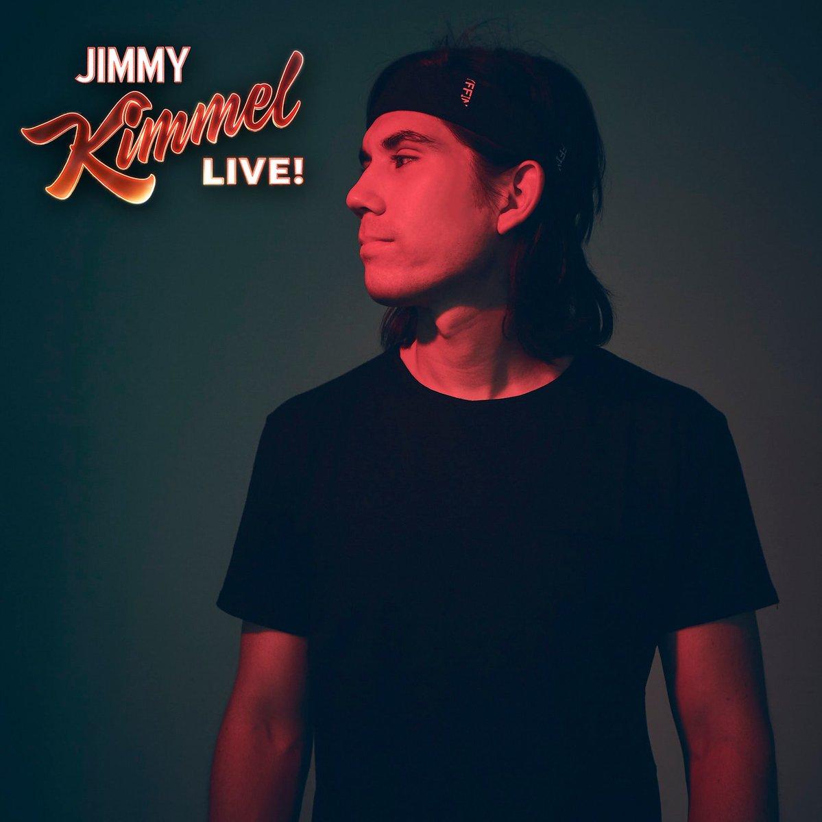 "Whoa. Tomorrow night I'll be performing ""Tie Me Down"" on Jimmy Kimmel. Tune in tomorrow night at 11:35 pm ET / 10:35 pm CT to watch!  <br>http://pic.twitter.com/LjTKQ3fShA"