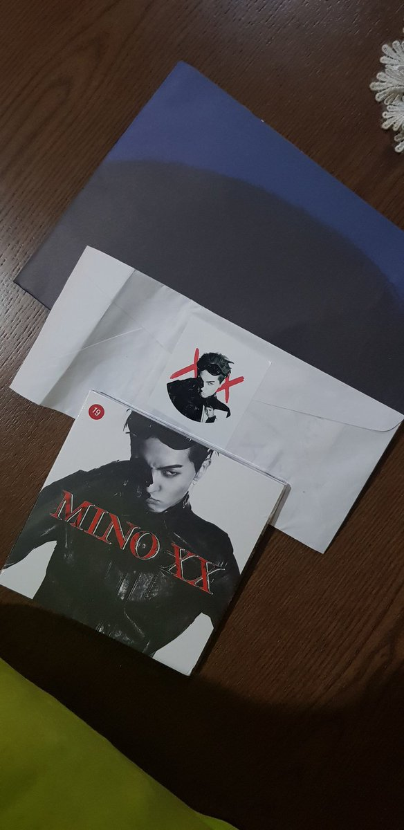 MY XX ALBUM IS HERE!!! THANK YOU @AlwaysSONGMINO !!! 😭😭😭😭