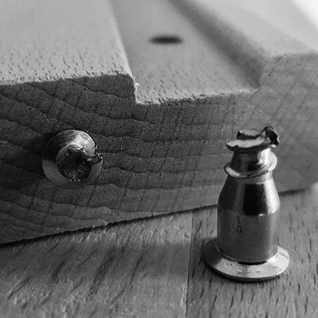 Screw you FINNVARD! #photoblog #shotonmoment #Note9 #withgalaxy #samsung #moment #IKEA #DIY #officelife #power #bandw #monochrome #monochromefortheholidays #smartphonephotography https://ift.tt/2QGqVEjpic.twitter.com/3vZ5JrCqkl