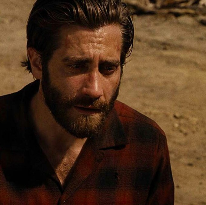 Happy 38th birthday to this wonderful and talented actor Jake Gyllenhaal. love you so much