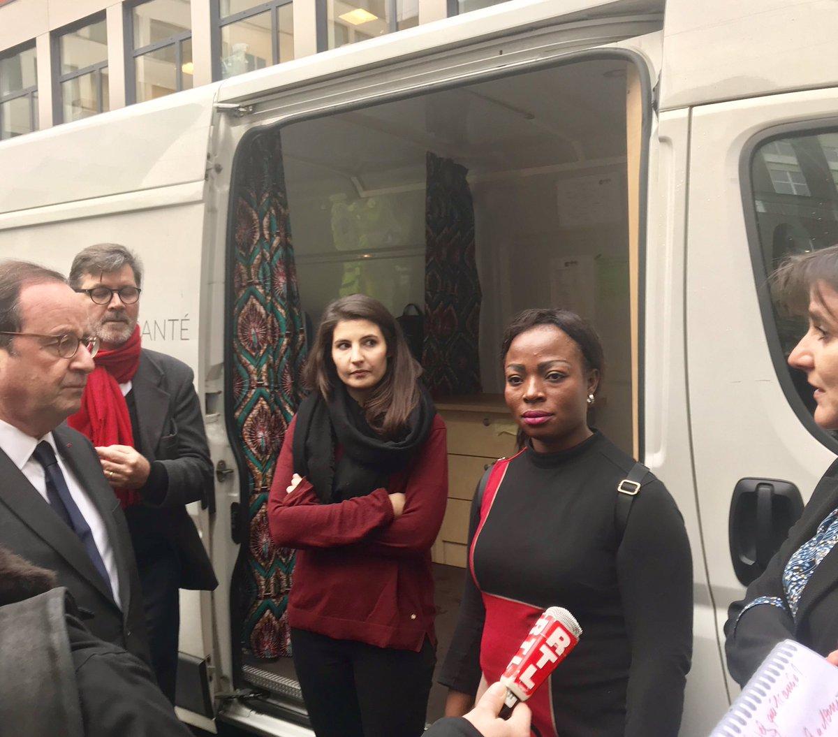 Visite de la Cité des Dames, le premier centre d'accueil exclusivement dédié aux femmes. Merci à @_ADSF_, lauréat de @LaFrancesengage et à @armeedusalut pour leur engagement en faveur des femmes les plus vulnérables.