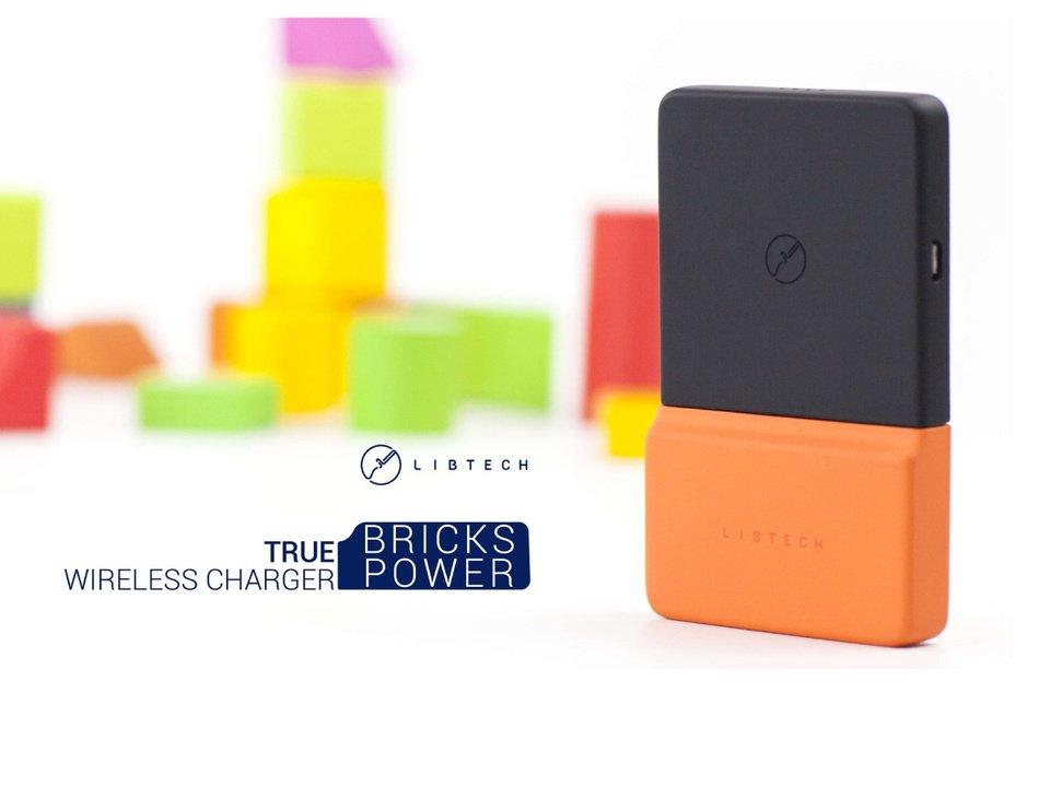 これぞスマホ充電の新しい形?ナノ吸引技術でスマホに「くっつく」モバイルバッテリー「BricksPower」 https://t.co/mRtq0paQ5T