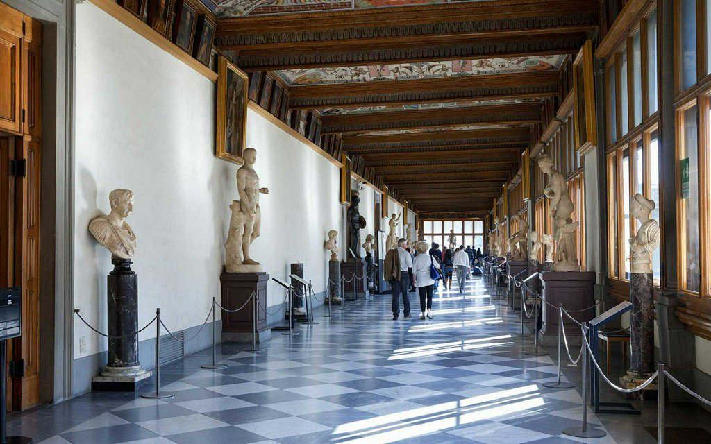 Museum hack: A game plan for tackling the massive #Uffizi in #Florence (@UffiziOrg): https://t.co/F2WLv1rsGr