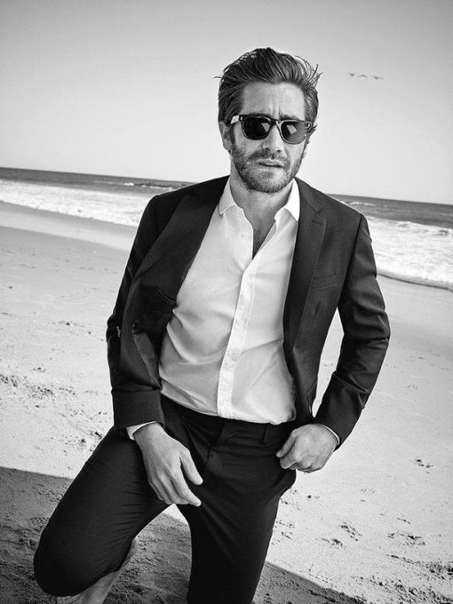 Happy Birthday to Jake Gyllenhaal who turns 38 today!