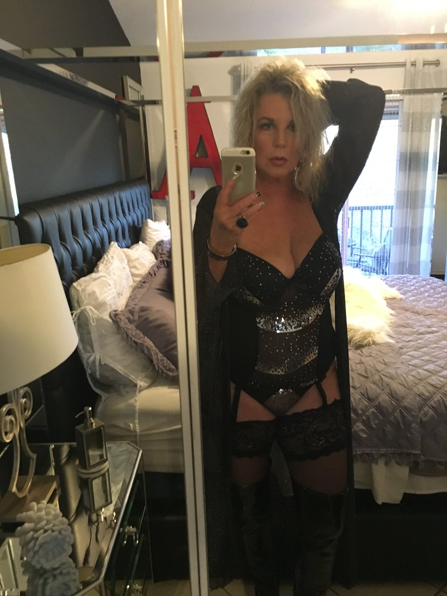 mature lady cath on cam